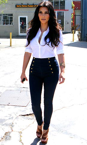 Kardashian  on Green Celebrity Fashion Kim Kardashian Rocks Mom Jeans Us Weekly Jpg
