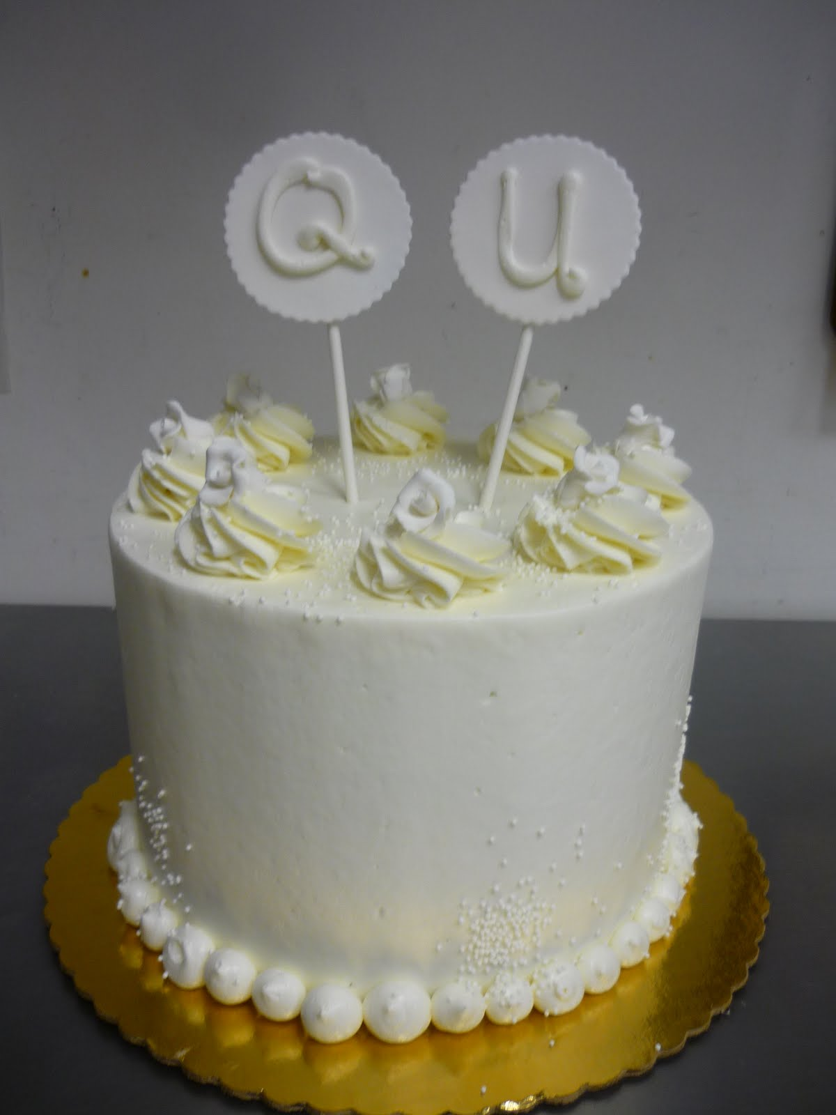 Artisan Bake Shop Round Buttercream Cake The Marriage Of Q Amp U