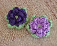 crochet flower magnet purple green