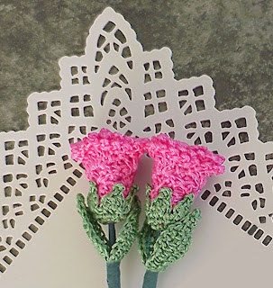 crochet rose stem pink