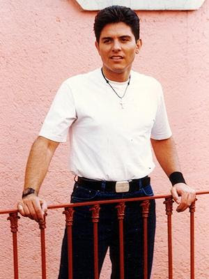 Actor Ernesto Laguardia