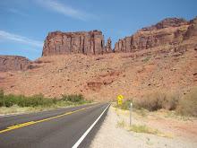 Weg bij Moab (Utah)