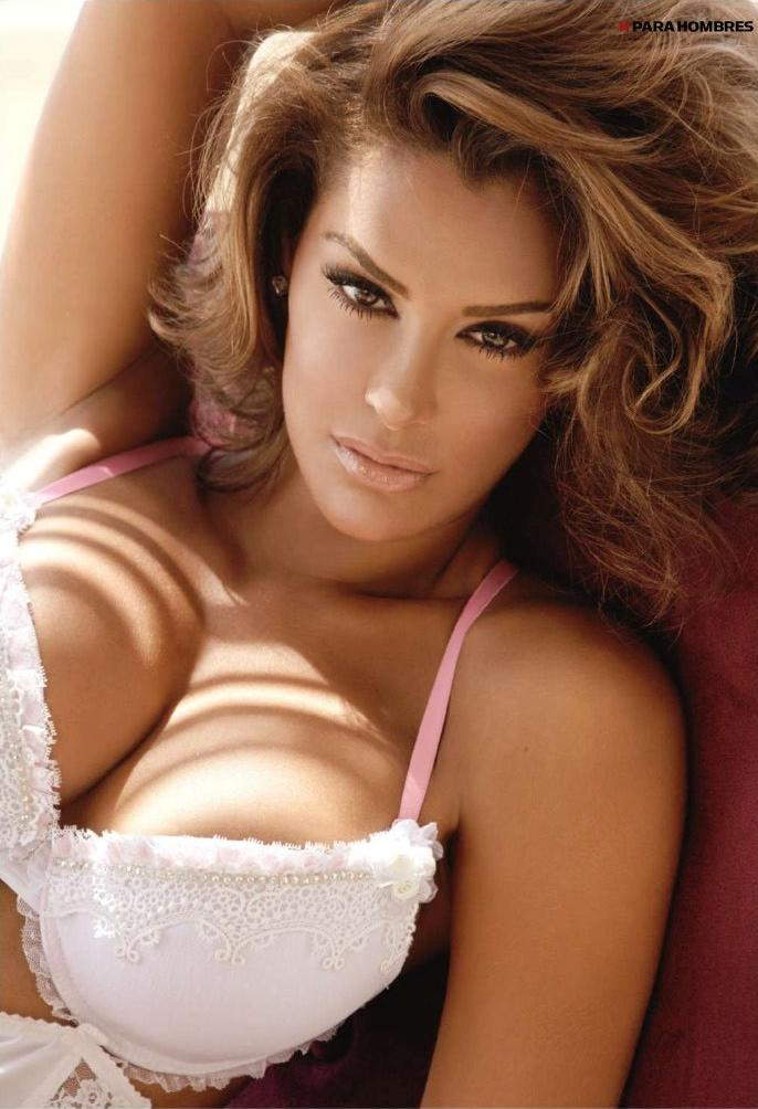 Mitillici: Ninel Conde In The Pages Of Hombre Magazine