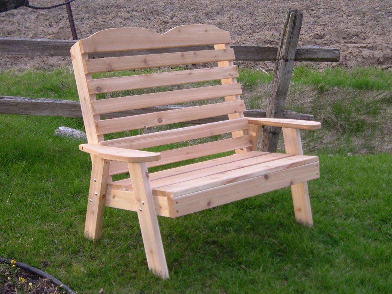 un meuble qu b cois des meubles de jardins en c dre. Black Bedroom Furniture Sets. Home Design Ideas
