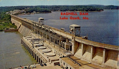 Vintage photochrome postcard of Bagnell Dam