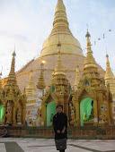 เจดีย์ชเวดากองที่พม่า