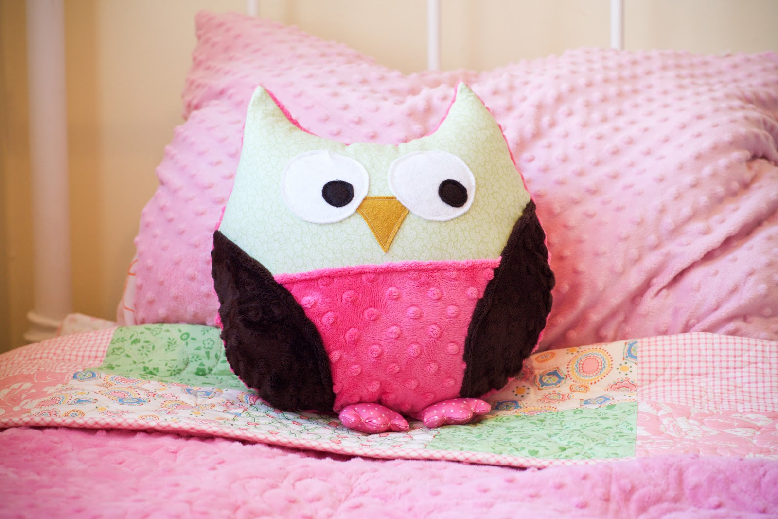 Owl Pillow Pattern Sharing The Wealth Snuggly Owl