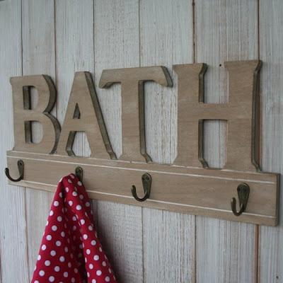 hooks under word bath
