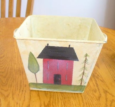 square tin bucket with picture of a house