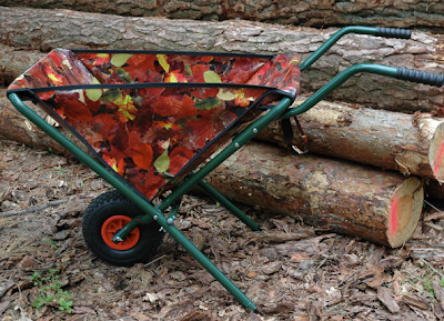 folding wheelbarrow, leaf design