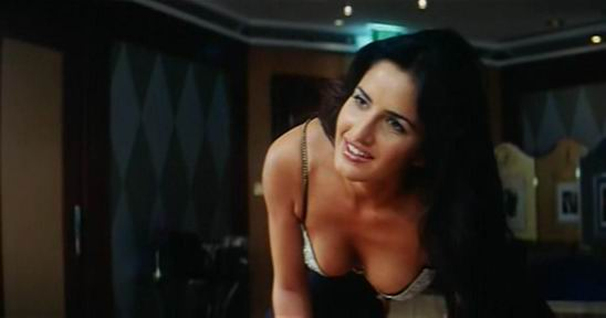 pictures of katrina kaif in bikini. katrina kaif