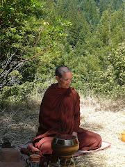 Ayya Tathaaloka Bhikkhuni, Theri