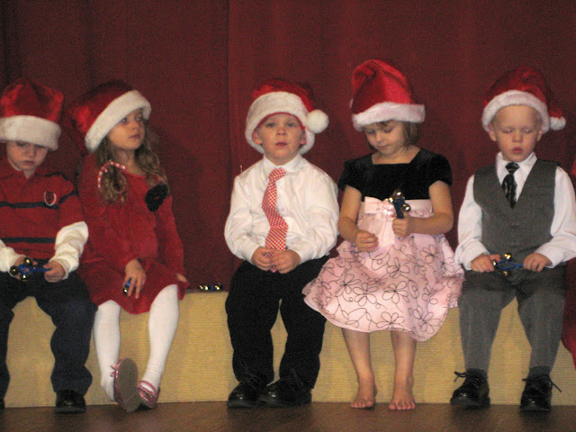 Milo s preschool christmas program 2010 he was so adorable