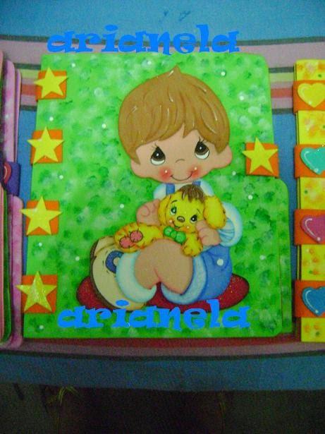 Carpeta decorada en foami para niña - Imagui