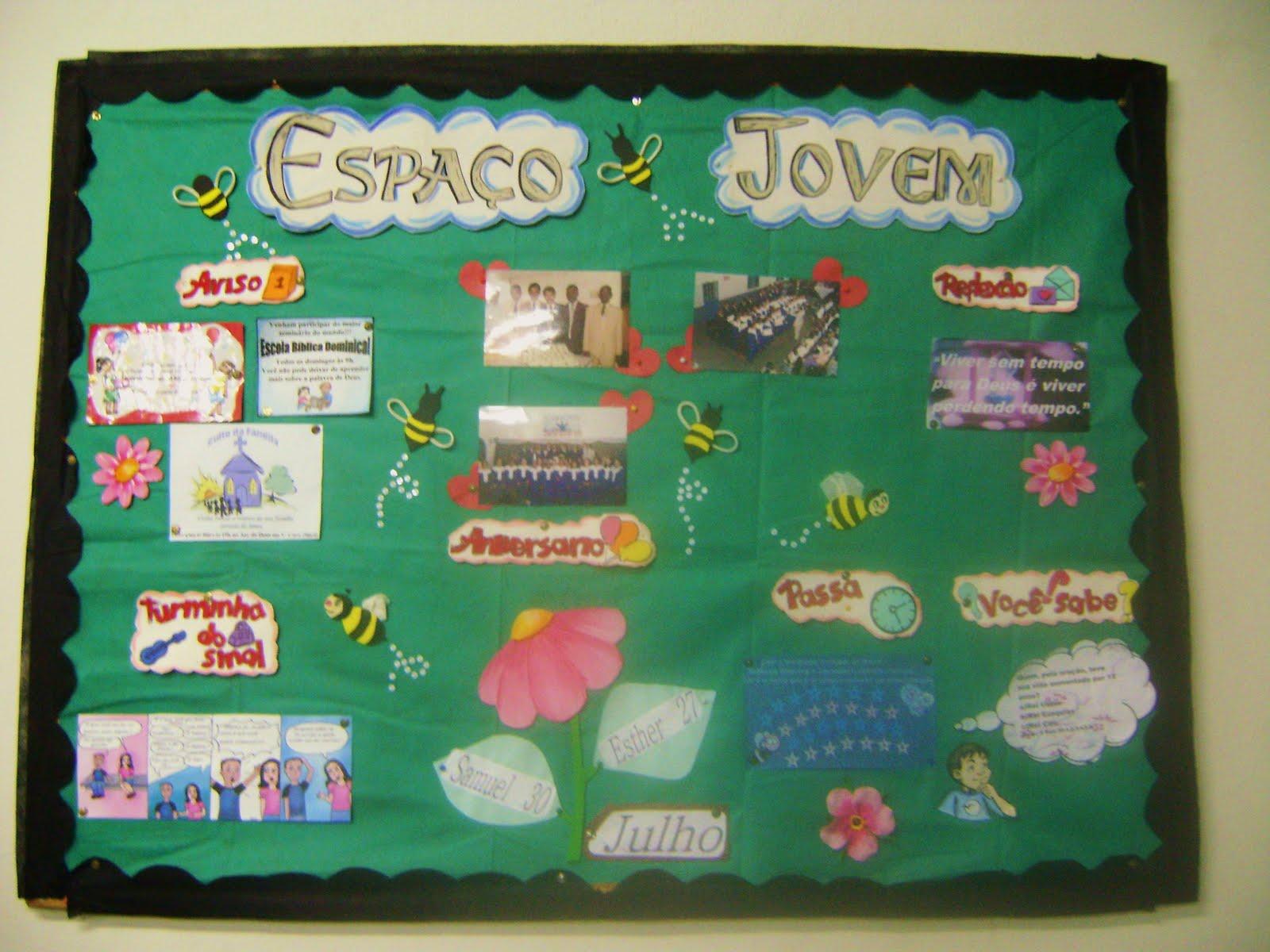 Turminha do sinal murais espa o jovem 2010 for Como colocar papel mural