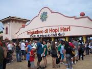 . o Hopi Hari, eleito pelo oitavo ano consecutivo o melhor parque temático .