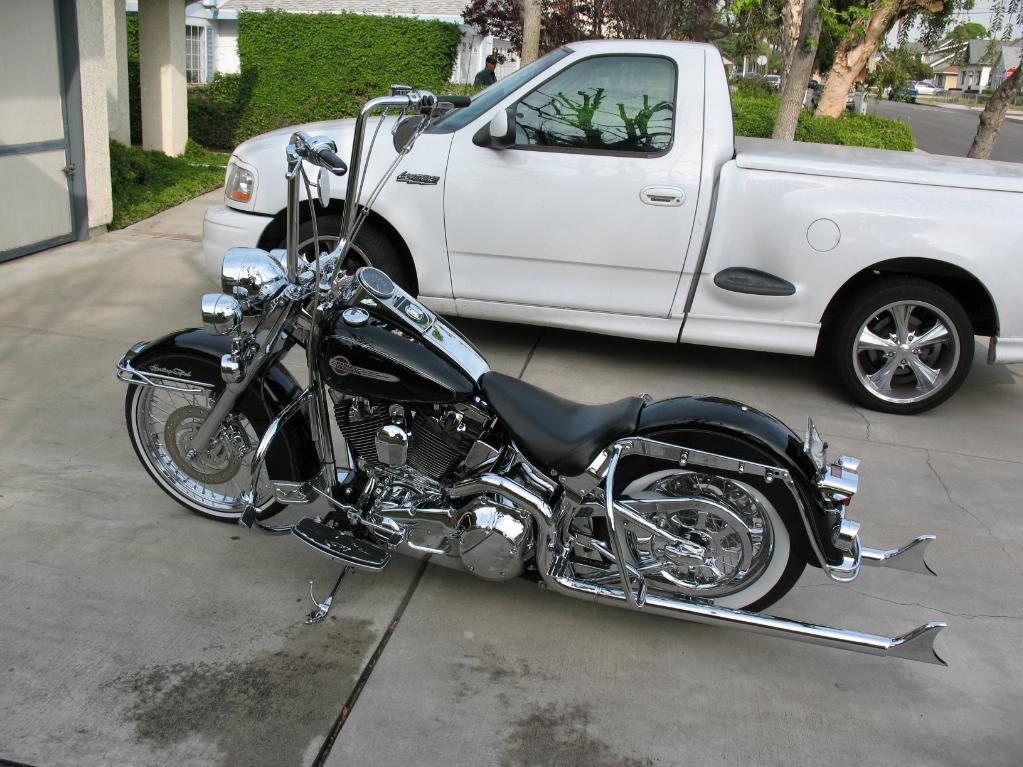 Cholo Harley-Davidson Heritage