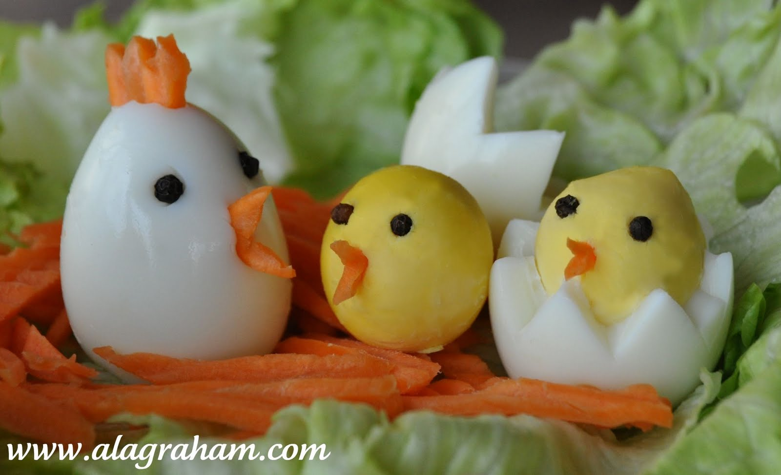 """A LA GRAHAM: HARD BOILED """"CHICKEN"""" EGGS- CLEAN EATING"""