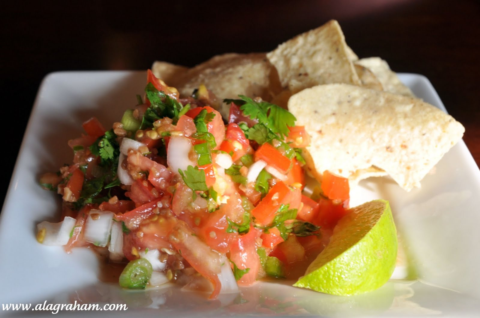 LA GRAHAM: PICO DE GALLO & GUACAMOLE- CLEAN EATING