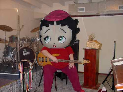 Who knew that Betty Boop plays bass in a band