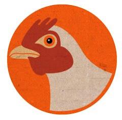 La gallina te observa...
