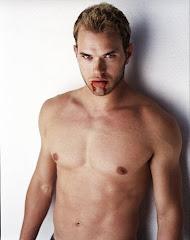 my fckng sexy vampire <3