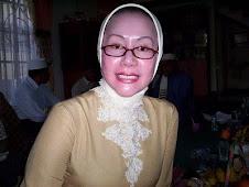 atut chosiyah, airin rachmi diany siap melawan mahfud md di mahkamah konstitusi demi tangsel 2010
