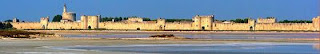 Aigues-Mortes ramparts - Photo from www.avignon-et-provence.com