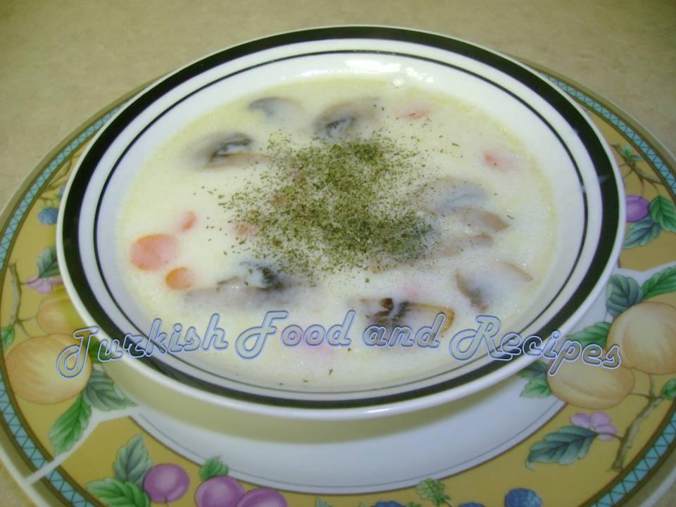 [Mushroom+Soup+(Mantar+Corbasi).JPG]