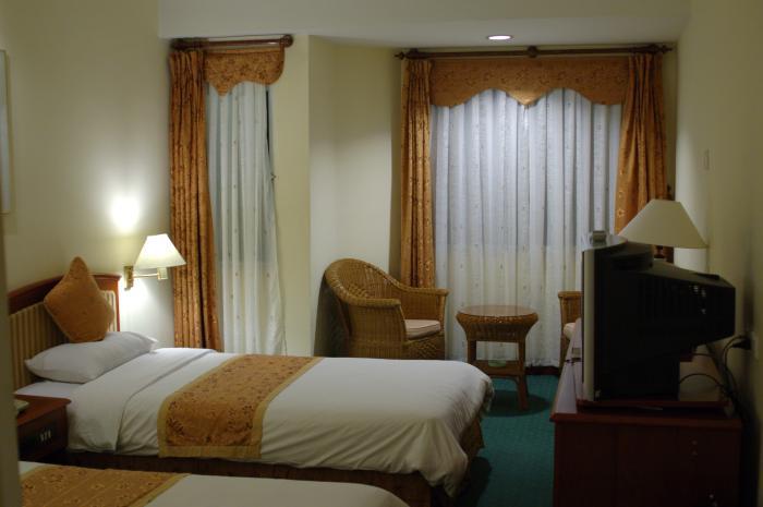 [hotel.jpg]