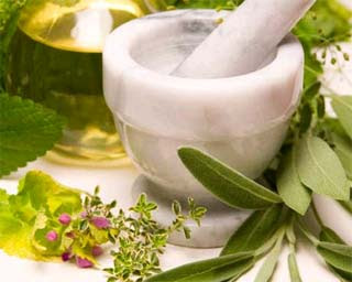 Curarsi con i rimedi naturali, erbe e piante, medicina naturale, soluzioni e trattamenti per la salute