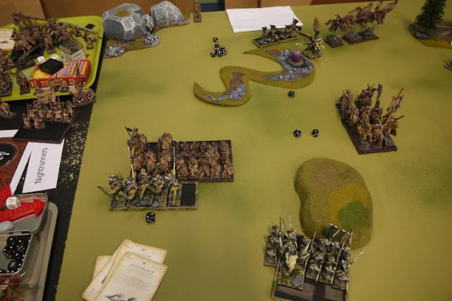 Dark ELves vs Bretonnians Battle image
