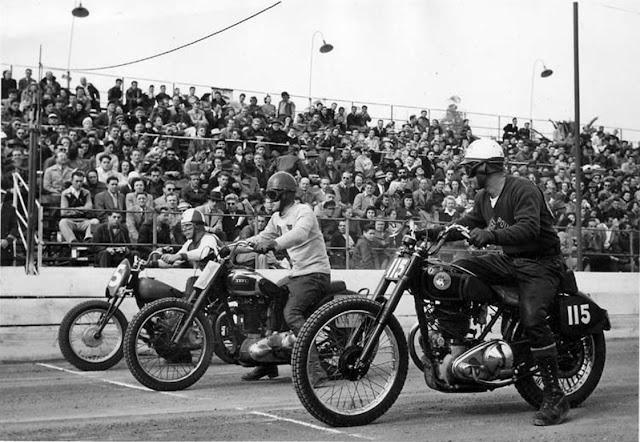 Amerika - nekada davno - Page 3 Bob-magill-motorcycle-photo-lincoln-park