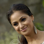 Super South Indian Actress Simran Comming Back !!