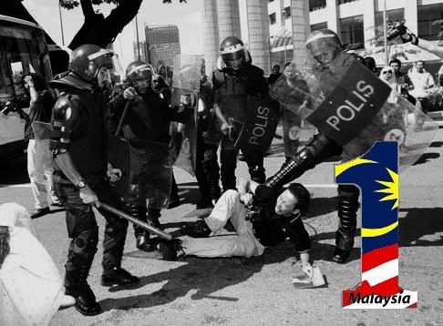 1Malaysian kena pukul