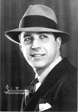 CARLOS GARDEL, 1933.