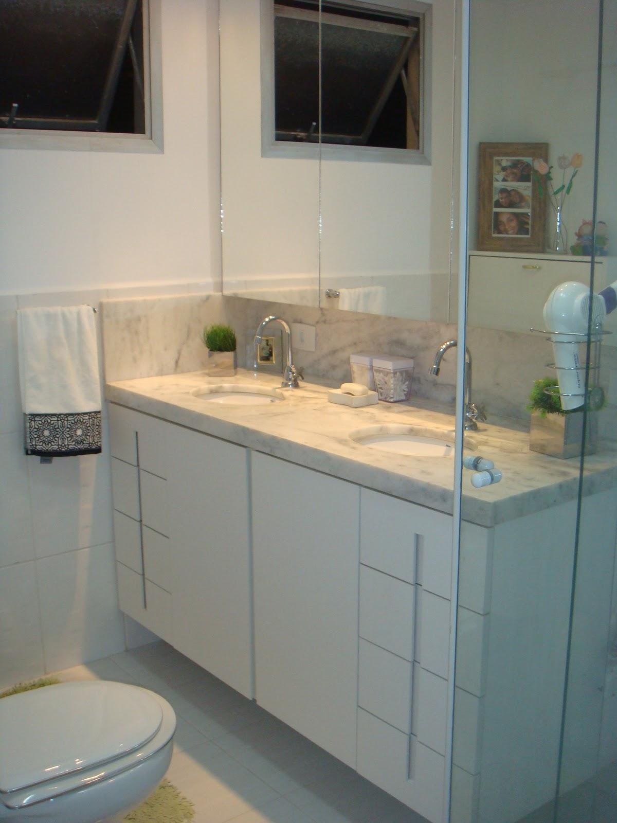 Casciano Design de Interiores: Banheiro Iluminado após reforma #816C4A 1200 1600