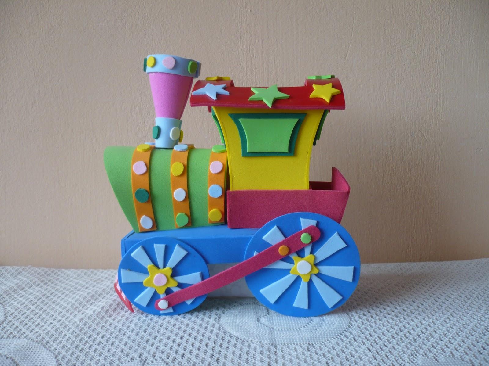 el siguiente tren ha sido elaborado en base a foami esta constituido ...