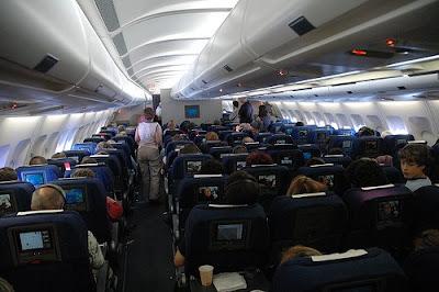 http://1.bp.blogspot.com/_tvojfkGnpOU/SiPq3HJvUSI/AAAAAAAAGfc/ueJ37to0Ck4/s400/desaparece+avion.jpg