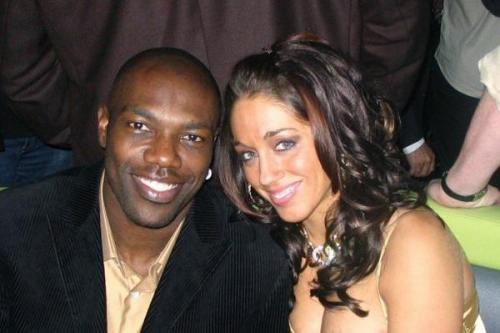terrell owens and candace cabrera.jpg