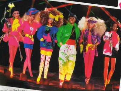 http://1.bp.blogspot.com/_twbhXF46gdI/SYN_qVcKIdI/AAAAAAAABxU/JXDKPMO7VaA/s400/Barbie+1980.JPG