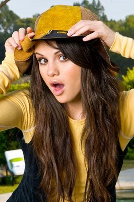 Selena Gomez Magical on Puro Pop Y Rock  Selena Gomez Y Magic