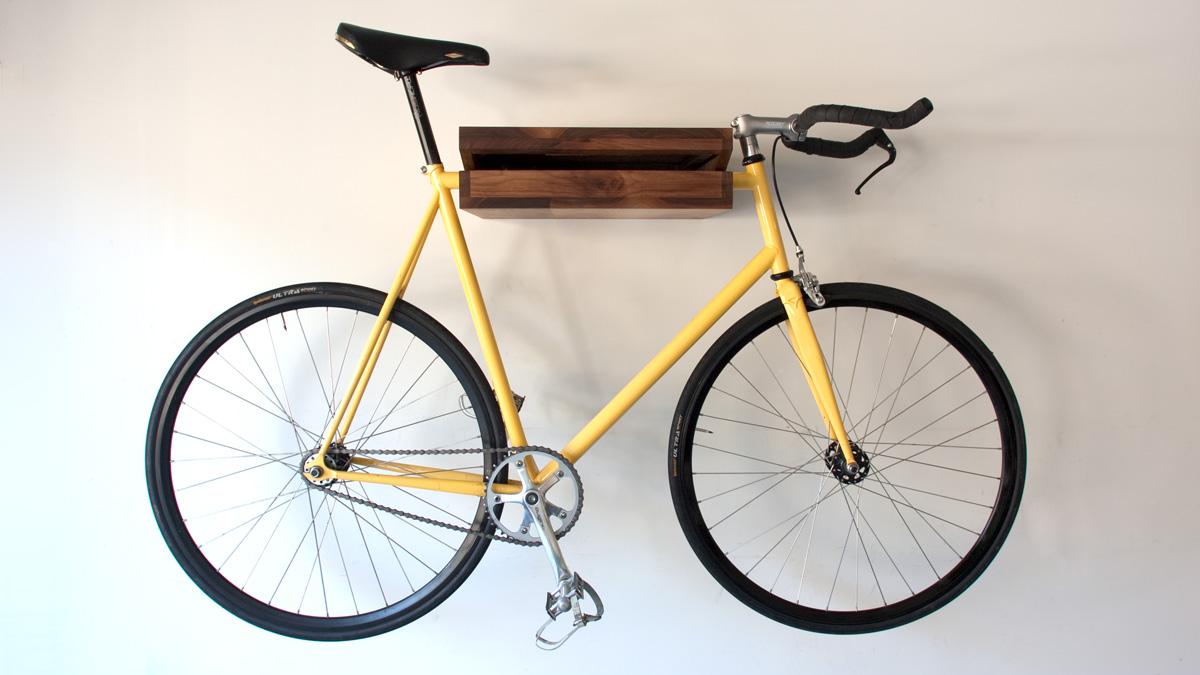 bikes in living rooms bike forums. Black Bedroom Furniture Sets. Home Design Ideas