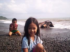 kids in the seashore