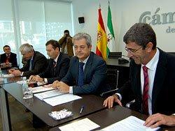 el consejero de Innovación, Ciencia y Empresa, Francisco Vallejo y el Alcalde de Algeciras Tomás Herrera