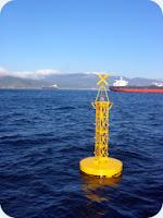 boya oceanográfica que emite información útil en tiempo real