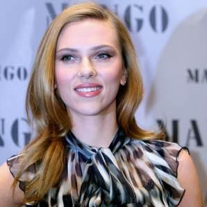Scarlett Johansson Hairstyles Gallery, Long Hairstyle 2011, Hairstyle 2011, New Long Hairstyle 2011, Celebrity Long Hairstyles 2056