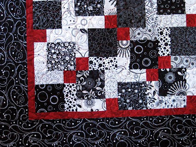Valentine Quiltworks Disappearing 9 Patch Quilt