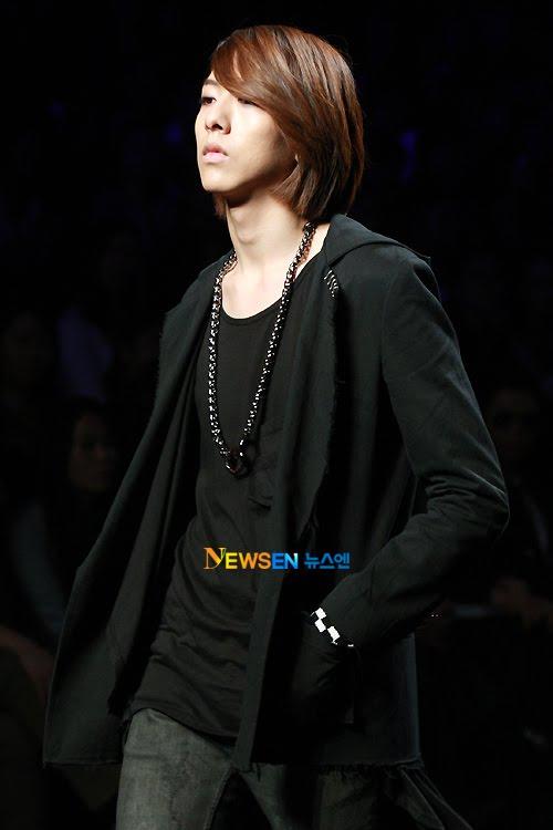 Lee Jeong Shin Seoul Fashion Week ! ♥ 2010102214064110011