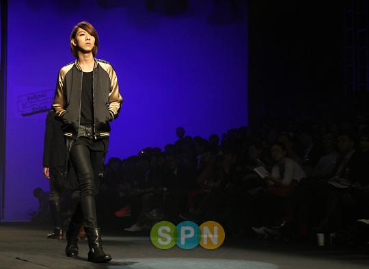 Lee Jeong Shin Seoul Fashion Week ! ♥ Pp10102200087
